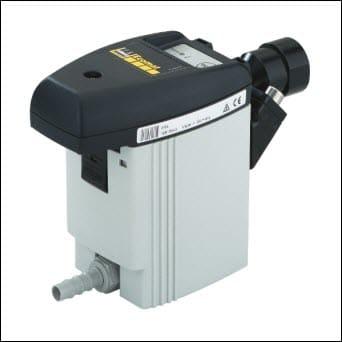 Automatický odvádzač kondenzátu. Suchý vzdušník zabezpečí kvalitný vzduch v rozvodoch a dlhú životnosť kompresora.